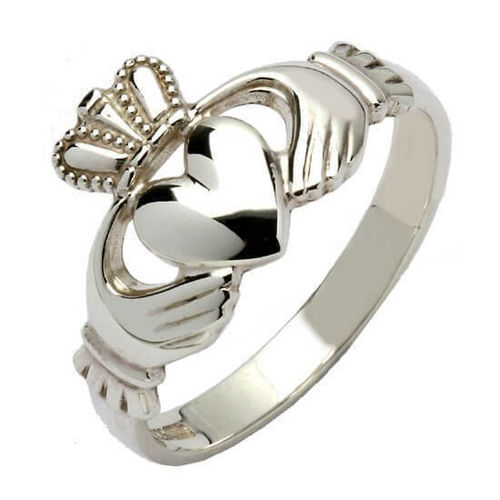 Ladies solid 9ct white Gold 13mm Claddagh Ring 6 grams