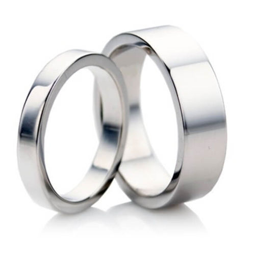 18ct white Gold matching 3mm & 4mm flat shape Wedding Rings
