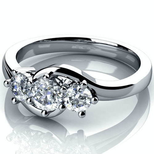 Platinum 0.60ct round Diamond trilogy Engagement Ring