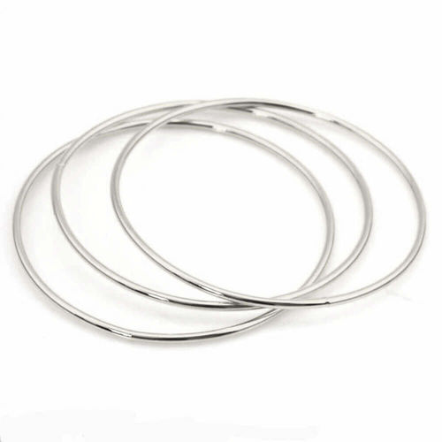 Solid Platinum 1.5mm round triple Bangle set 23 grams
